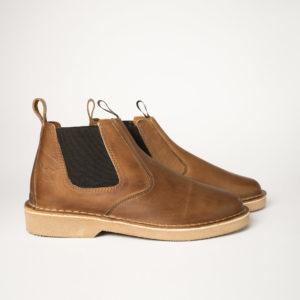 Classic tan lance Chelsea boots.